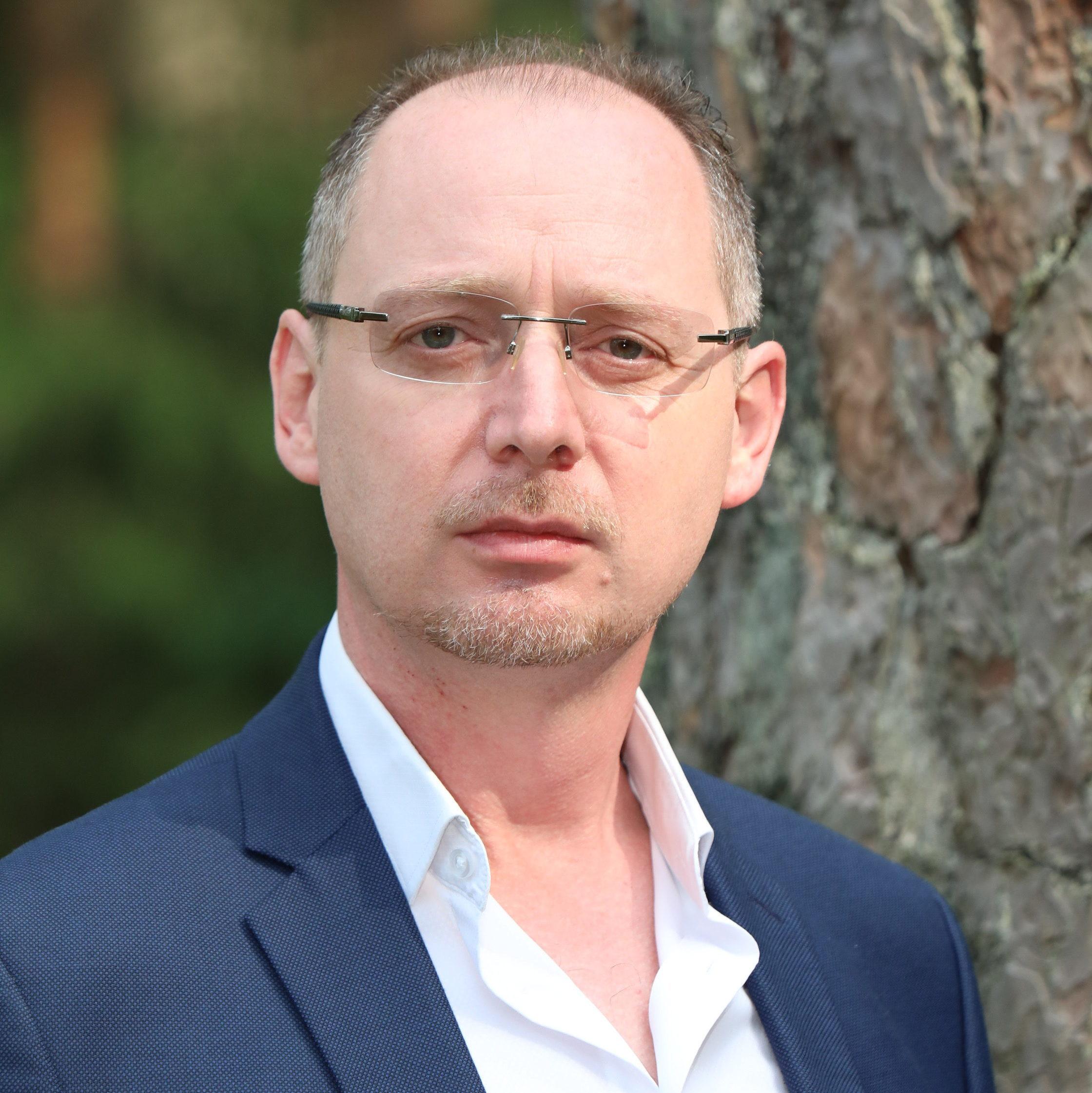 Mr. Gerald Hoppstaedter